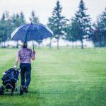 雨の日にラウンドすることに…!雨天でのプレーの注意